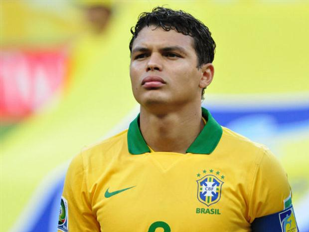 Тиагу Силва не сможет выйти на поле в матче против сборной Германии