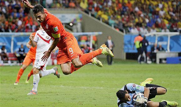 Нидерланды обыграли Коста-Рику по пенальти