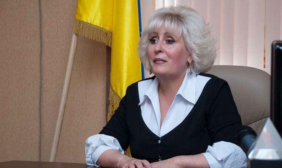 В Славянске освободили Нели Штепу и других людей, которых удерживали ополченцы