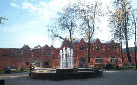 Фонтан на Советской площади. Клин