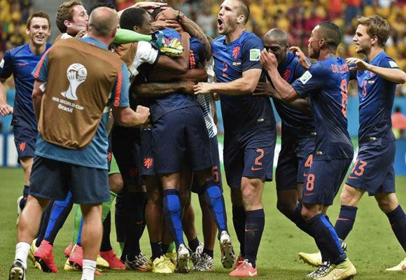 Нидерланды обыграли Бразилию и заняли третье место на ЧМ-2014