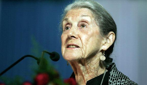 В ЮАР скончалась писательница Надин Гордимер