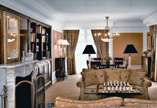 Первый в Москве пятизвездочный отель The Ritz-Carlton