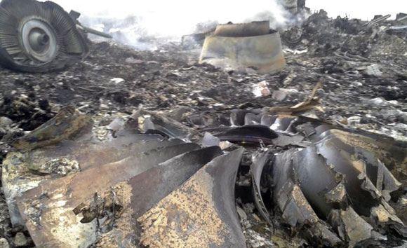 В связи с катастрофой в Донецкой области ряд авиакомпаний отказались от полетов над Украиной