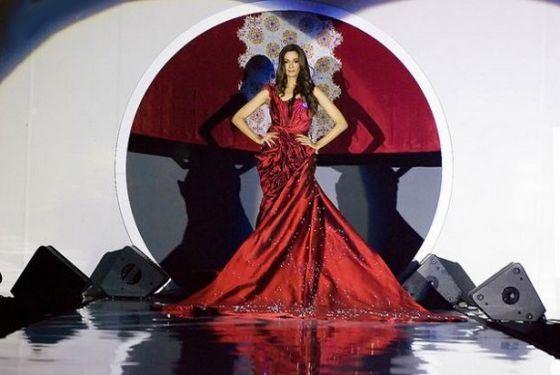 Самое дорогое платье в мире называется Соловей Куала-Лумпура