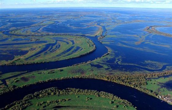 Обь - широчайшая река в России