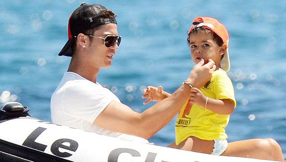 Son Cristiano Ronaldo has never seen his own mother