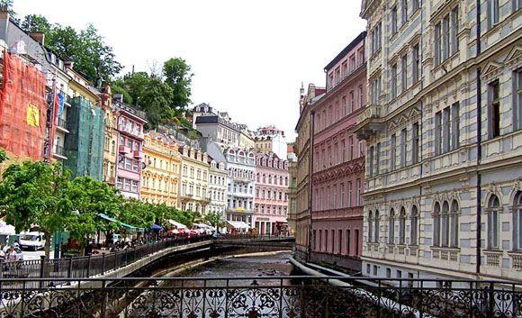 Чехия терпит убытки из-за снижения числа туристов из РФ