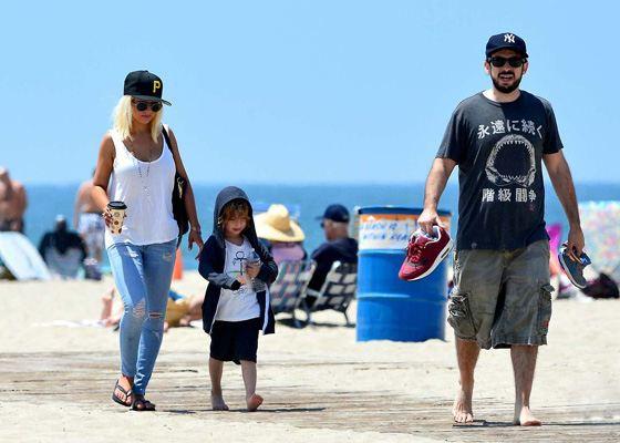 Кристина Агилера с сыном Максом и бывшим мужем Джорданом Братманом
