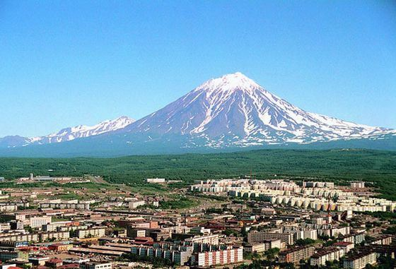 Fans of extreme tourism prefer to travel to Kamchatka.