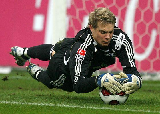 Manuel Neuer began his career at Schalke 04