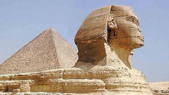 Пирамиду Хеопса называют первым чудом света