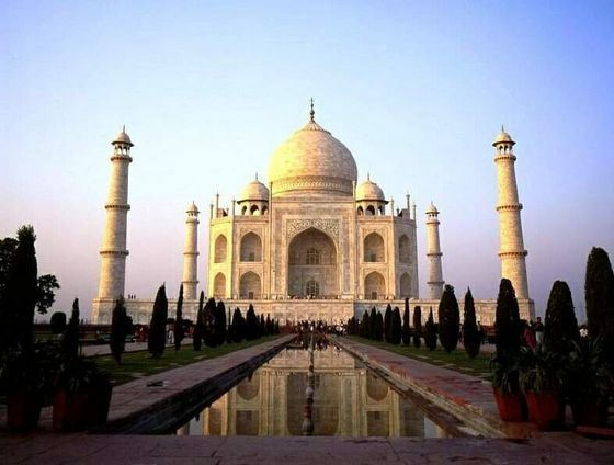 The Taj Mahal mausoleum is one of the most interesting sights of India.