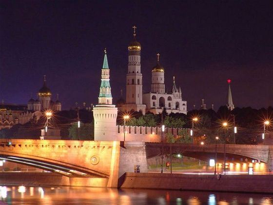 Moscow Kremlin, perhaps, the main attraction of the country