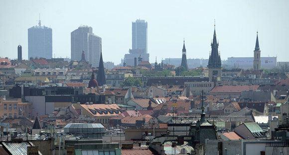 СМИ: владельцы ресторанов в Праге заставляют туристов переплачивать
