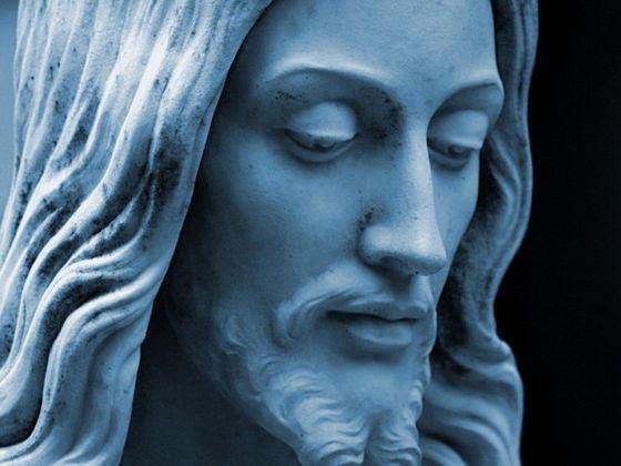 Самым известным человеком в мире можно считать Иисуса Христа, при условии, что он действительно существовал