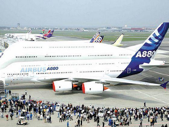 Вместимость Airbus A380 без бизнес-класса может составлять до 853 человек