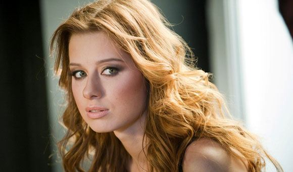 Юлия Савичева отменила свое выступление в Одессе