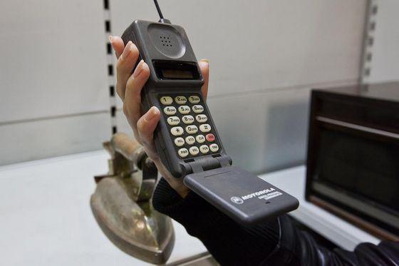 Первый телефон MOTOROLA