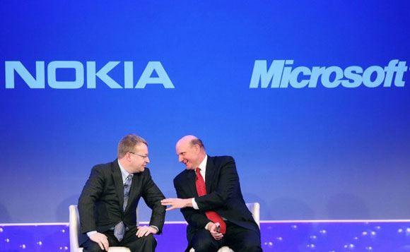 Microsoft выпустит телефон для пенсионеров