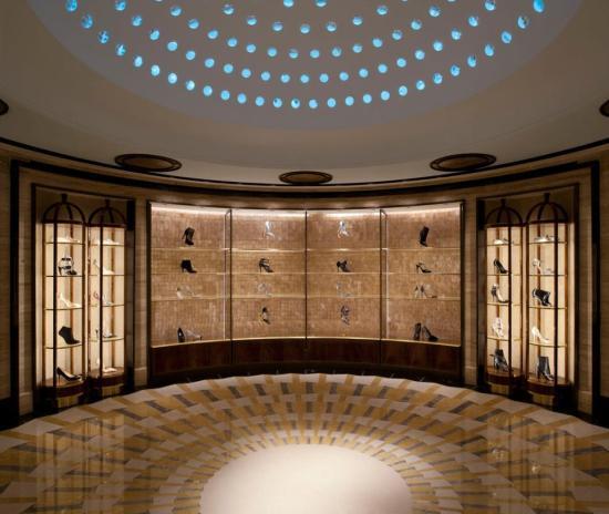 Дизайн интерьера Shoe Heaven отвечает пятизвездочному отелю