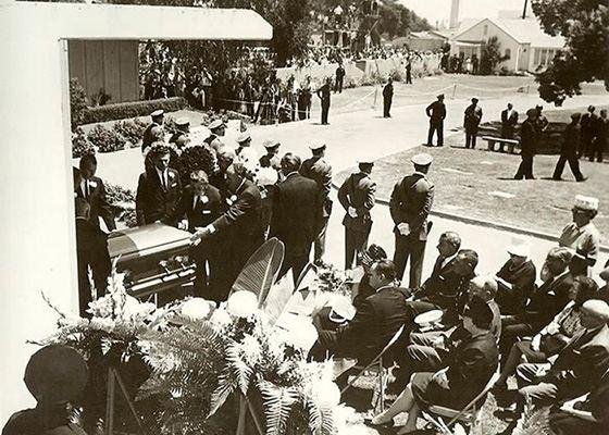Похороны Мерилин Монро