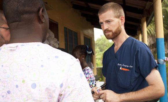 Экспериментальная вакцина спасла жизнь американскому врачу, болевшему Эболой