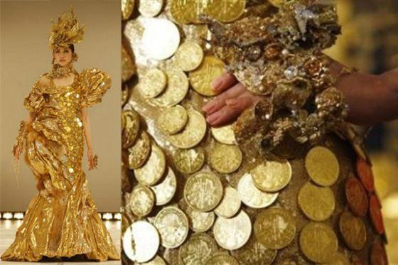 Еще одно дорогое платье от Гинза Танака из золотых монет