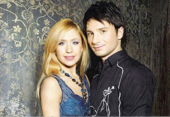 Сергей Лазарев и Настя Гребёнкина в проекте «Танцы на льду»