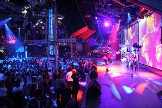 Ночные клубы становятся популярным местом отдыха