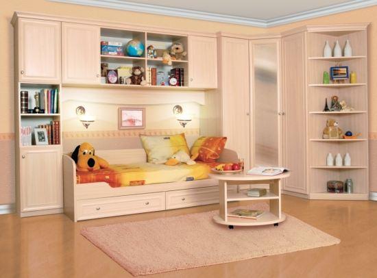473 многодетным семьям из Алтайского края помогут купить новую мебель