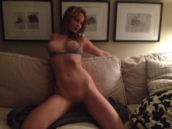 Личные фото Дженифер Лоуренс попали в сеть