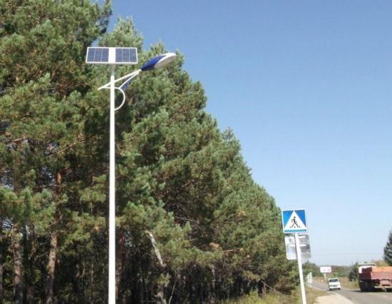 Трассы Приамурья освещают фонарями на солнечных батареях