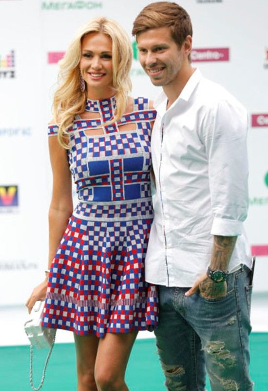 Victoria Lopyreva left without a husband