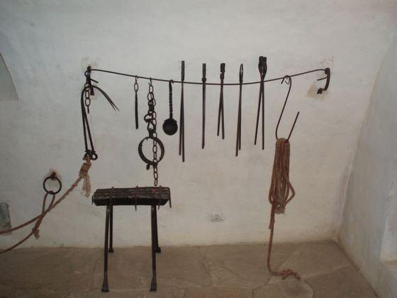 Восточные пытки отличались особой изощренностью