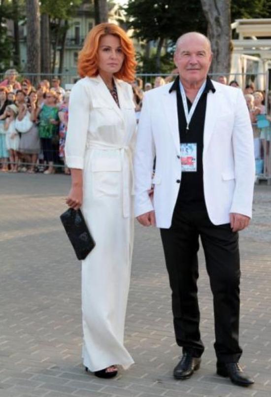 Эльвира Касенова и Николай Агурбаш запланировали свадьбу на конец года
