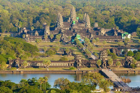 Ангкор-Ват - самый крупное храмовое сооружение в Азии