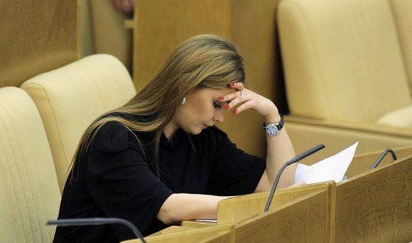 Алина Кабаева подала заявление о сложении с себя депутатских полномочий