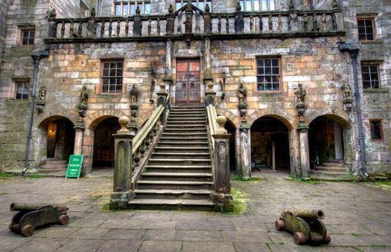 Замок Chillingham самый известный дом с привидениями