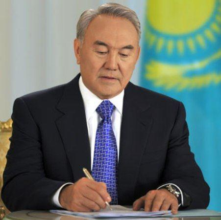 Казахский президент на посту с 19991 года