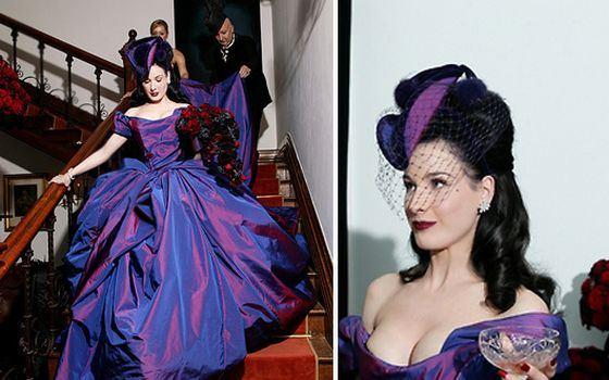 Темно-пурпурное свадебное платье Диты фон Тиз