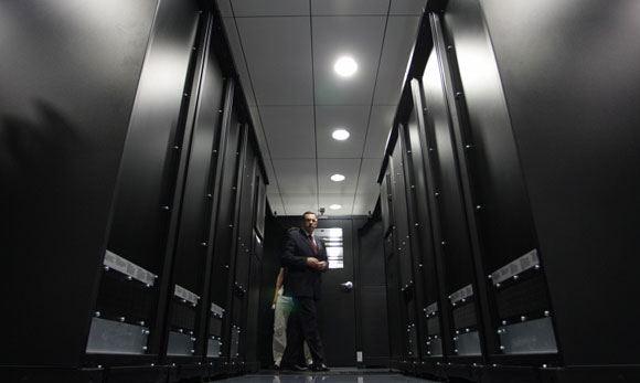 Хранить персональные данные россиян за рубежом запретят с 1 января