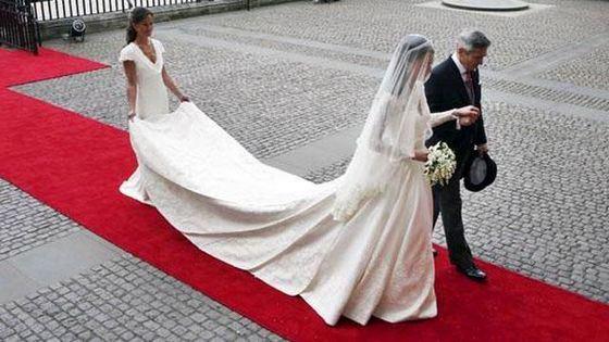 Свадебное платье Кейт Миддлтон было очень элегантным