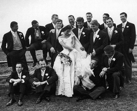 Свадебное платье Джеки Кеннеди вызвало фурор
