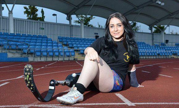 Британская школьница просит ампутировать вторую ногу, чтобы бегать как Писториус