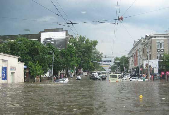 Ростов-на-Дону регулярно переживает потопы из-за безграмотного городского планирования