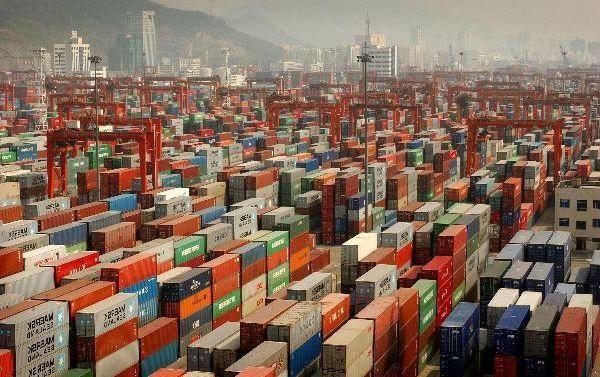 Поставки товаров из Китая растут