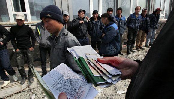 В России насчитали свыше 4 миллионов нелегальных рабочих