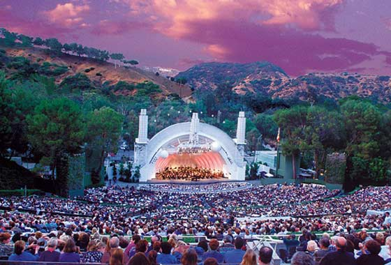 Hollywood Bowl visitors were offered free ice cream for an environmentally responsible position.