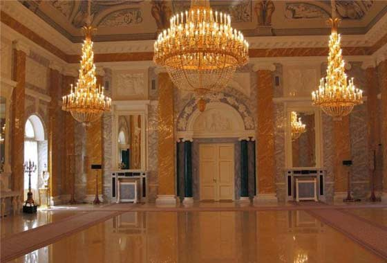 The interiors of the Marble Palace, another architectural masterpiece made of natural stone, are striking in their magnificence